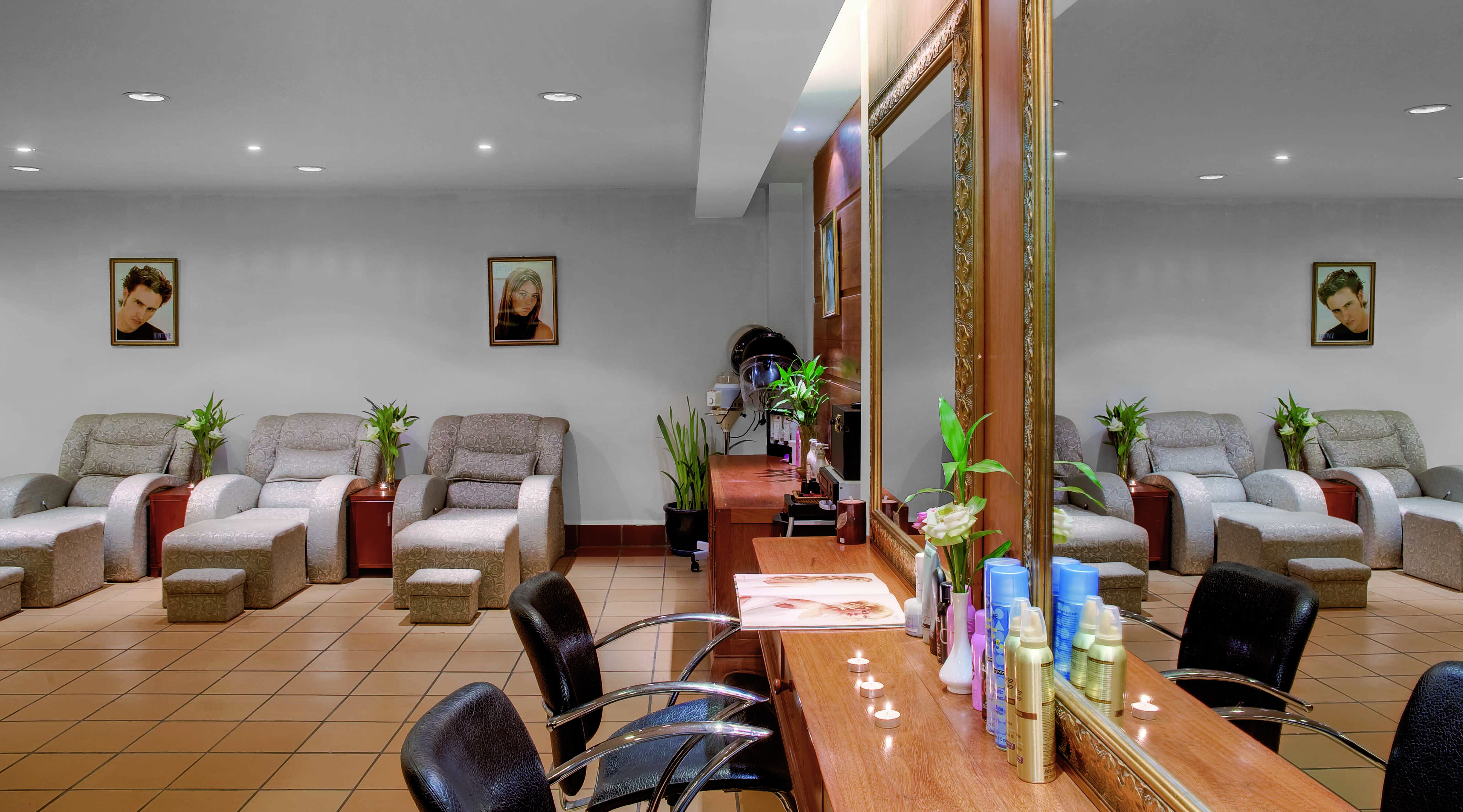 Veeco Salon Furniture  Design  Design  Melrose Park