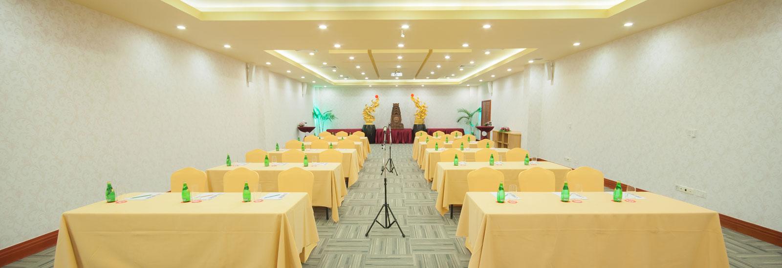 Yihub Meeting Room (Classroom Style)